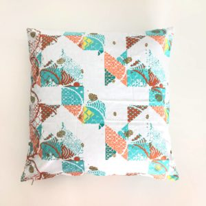coussin en wax tropical